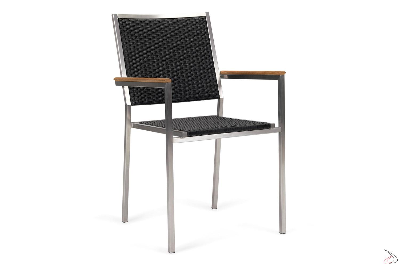 Sedia design con braccioli in teak e seduta colore antracite