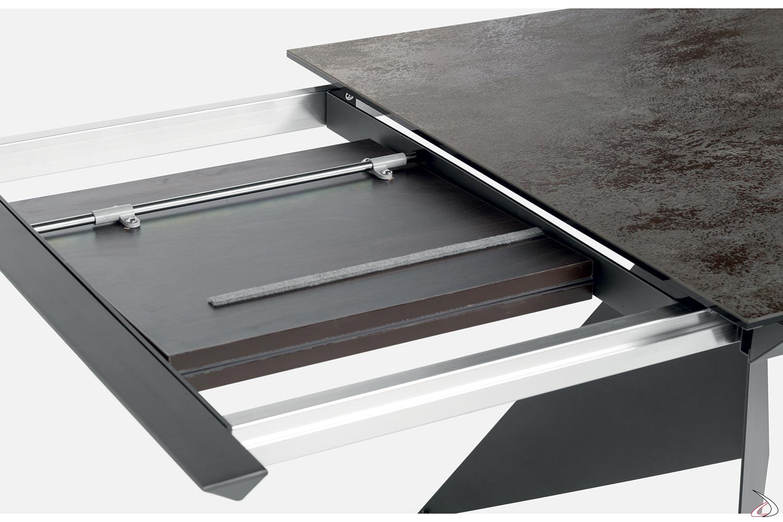 Tavolo allungabile moderno con sistema di apertura allunghe a libro