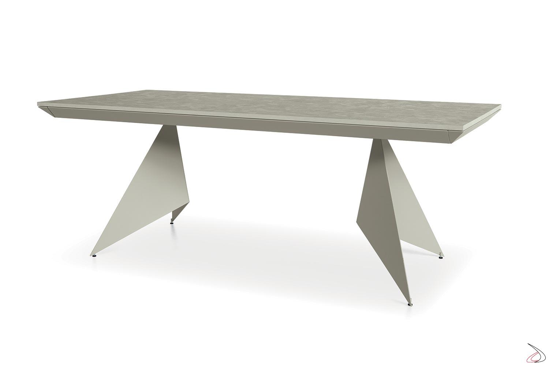 Tavolo allungabile da soggiorno con piano in nobilitato similcemento