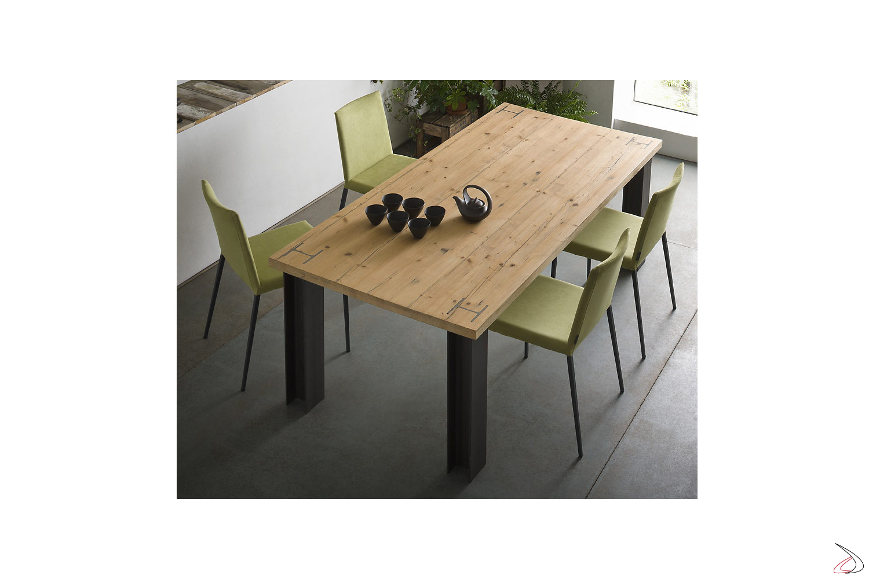 Putil-Tisch
