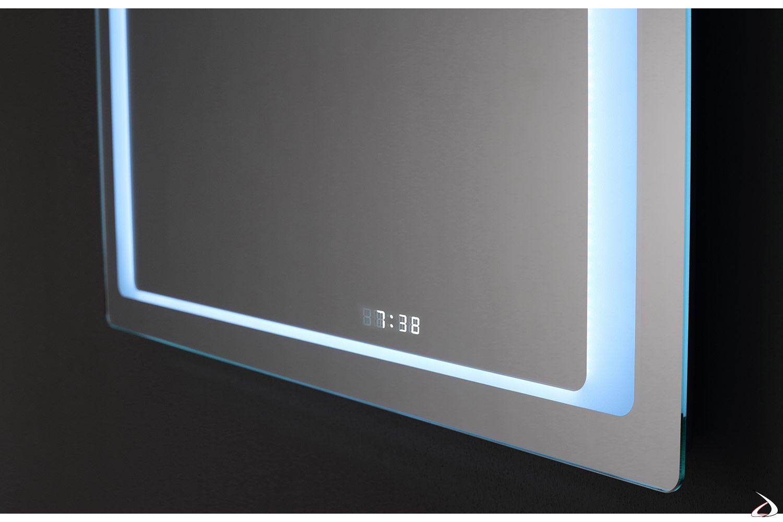 Specchio con orologio con illuminazione a led
