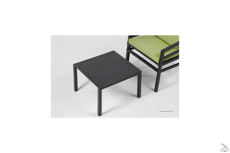 Tavolino con annessa poltroncina modello Aria