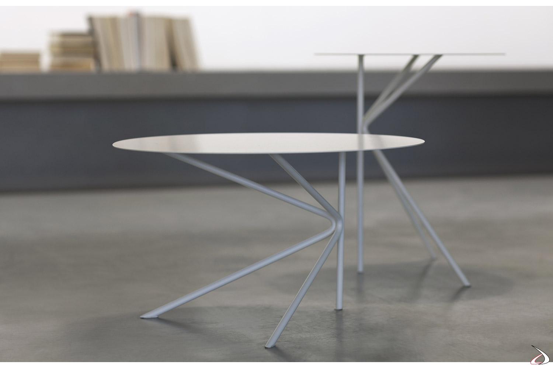 Tavolini rotondi alti di design in acciaio
