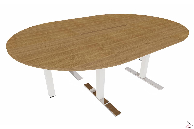 Tavolo meeting moderno piccolo con piano in noce canaletto e piedini cromati