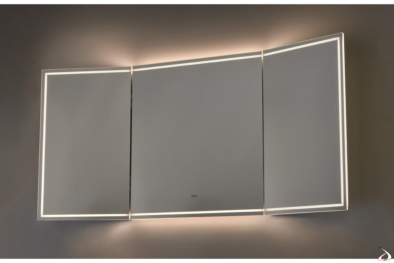 Specchiera grande di design retroilluminata a led con ante chiudibili