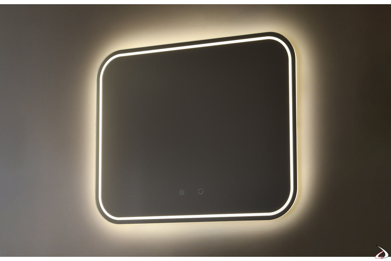 Specchiera design con angoli arrotondati e retroilluminazione a led disponibile in tre colorazioni