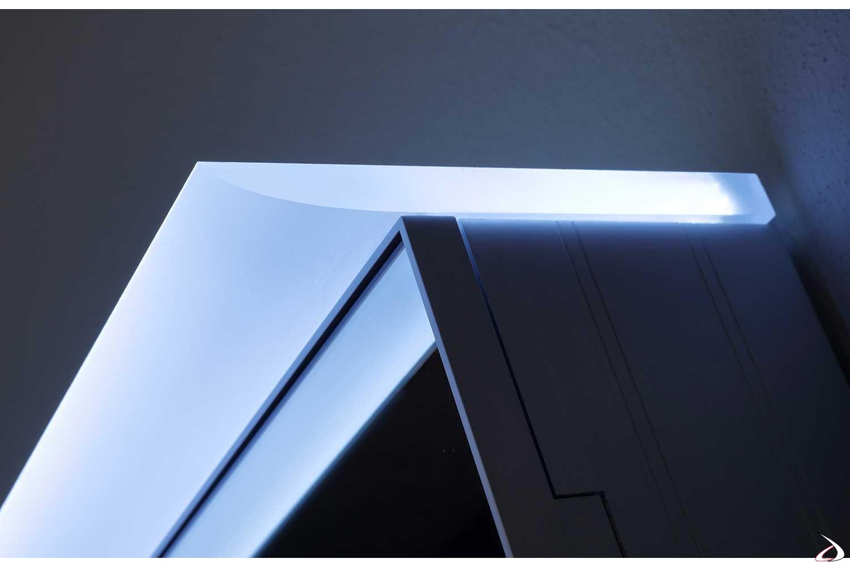 Specchio in appoggio muro contenitore con luce led bianca