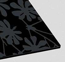 Serigrafato e verniciato decorato nero
