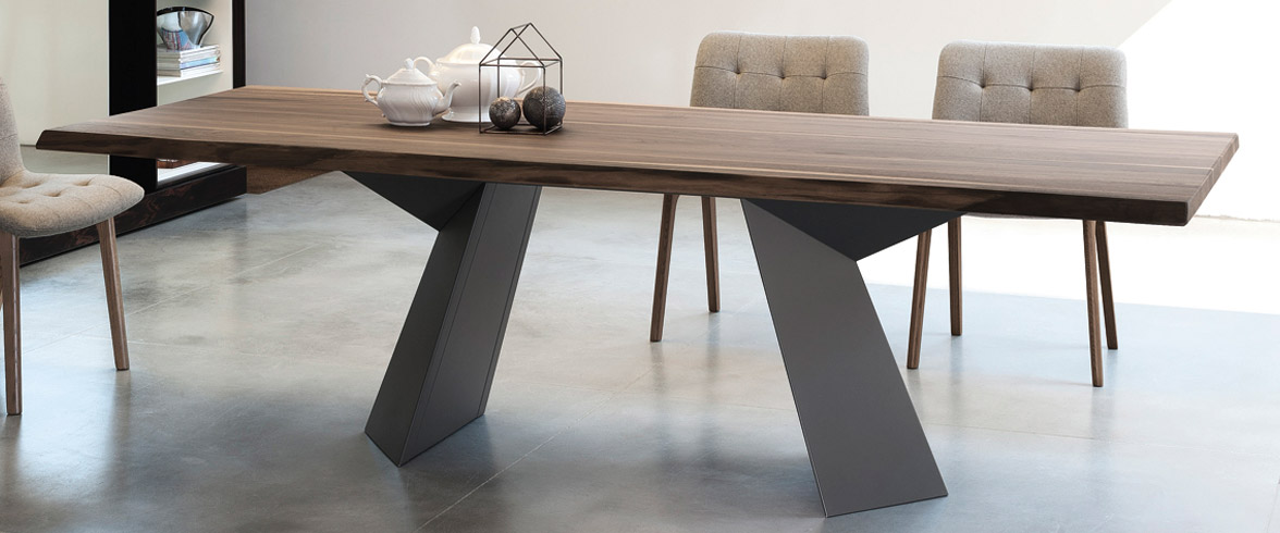 Fiandre Table
